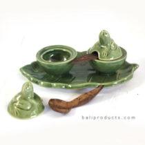 Ceramic Salt and Pepper Frog