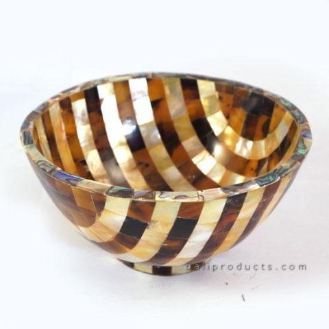 Round Penshell Bowl