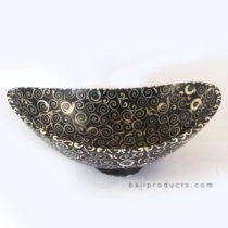 Curly Shell-Design Bowl
