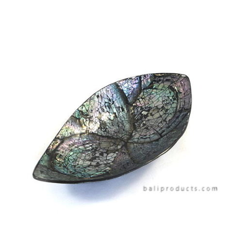 Crushed Shell Leave Bowl Black