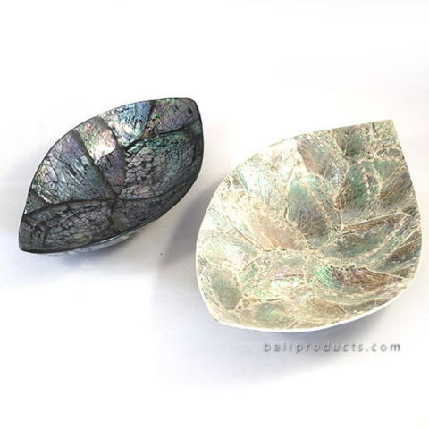 Crushed Shell Leave Bowl Black