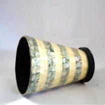 Round Vase Penshell Black White