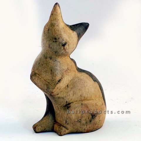Wooden Cat Sitting