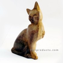 Wooden Cat Sitting