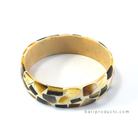 Pen Shell Bangle Brown