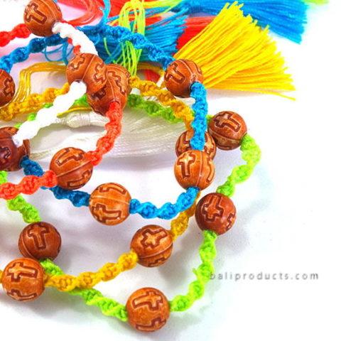 Set 5 Nylon Bead Bracelet With Tassle